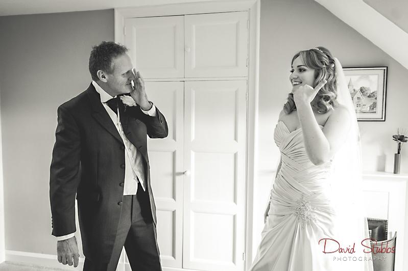 dad seeing his daughter bride