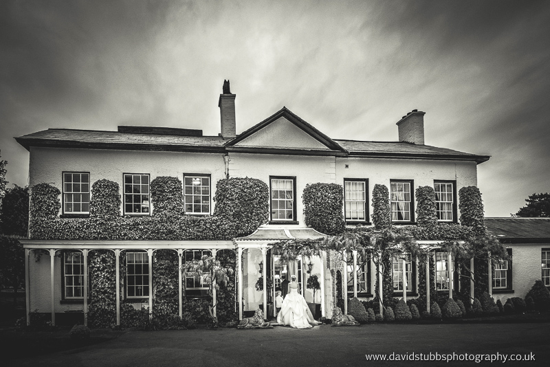 weddings at Statham lodge in Cheshire