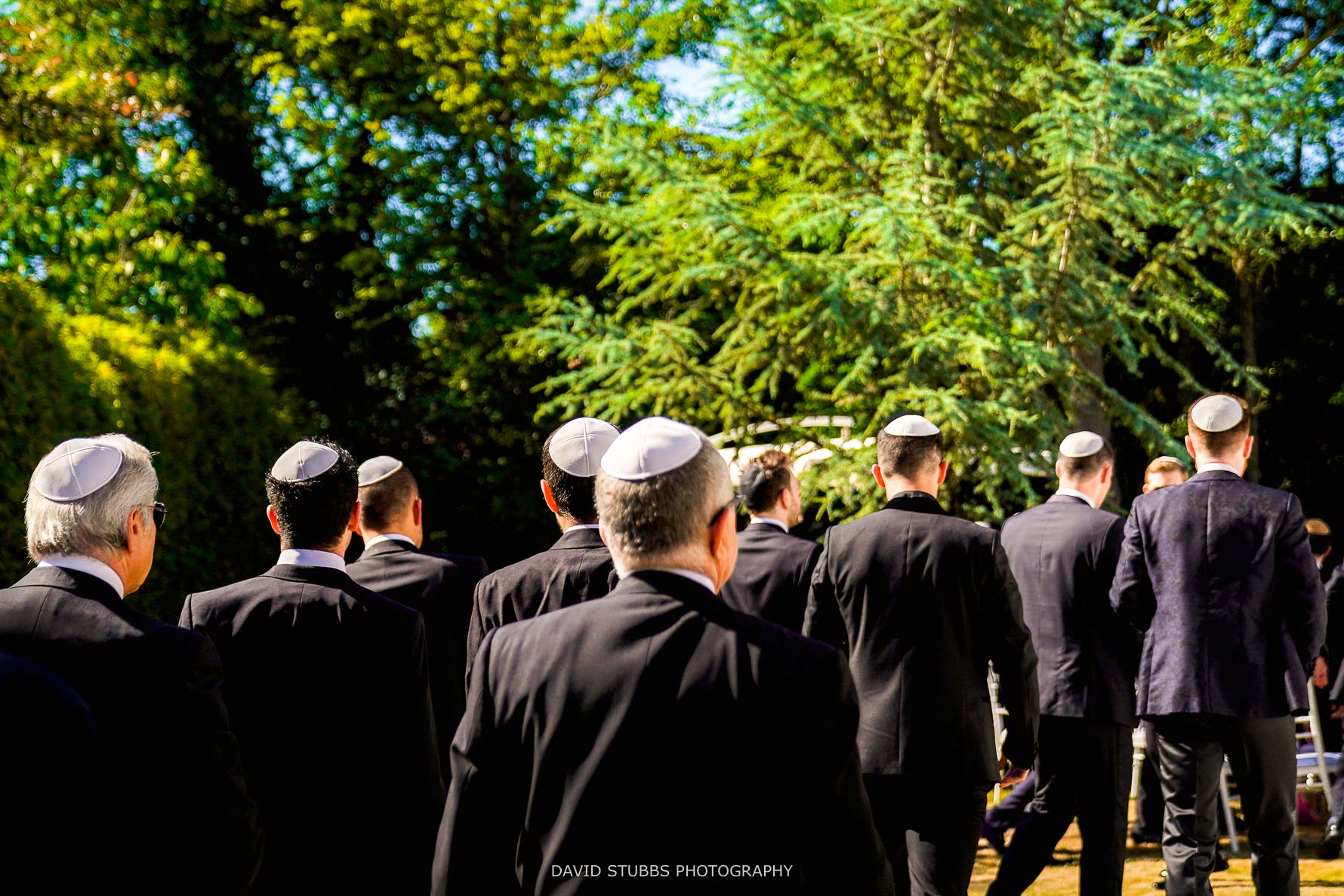 walking towards the jewish wedding