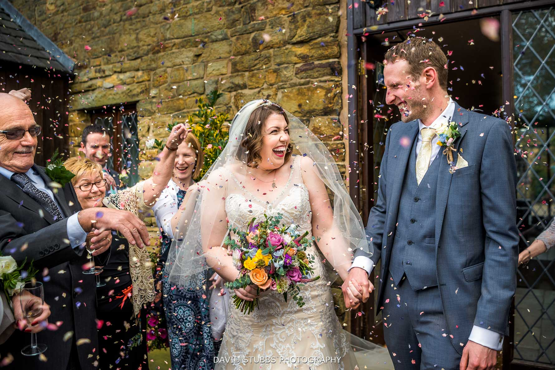 confetti photo at hyde bank farm
