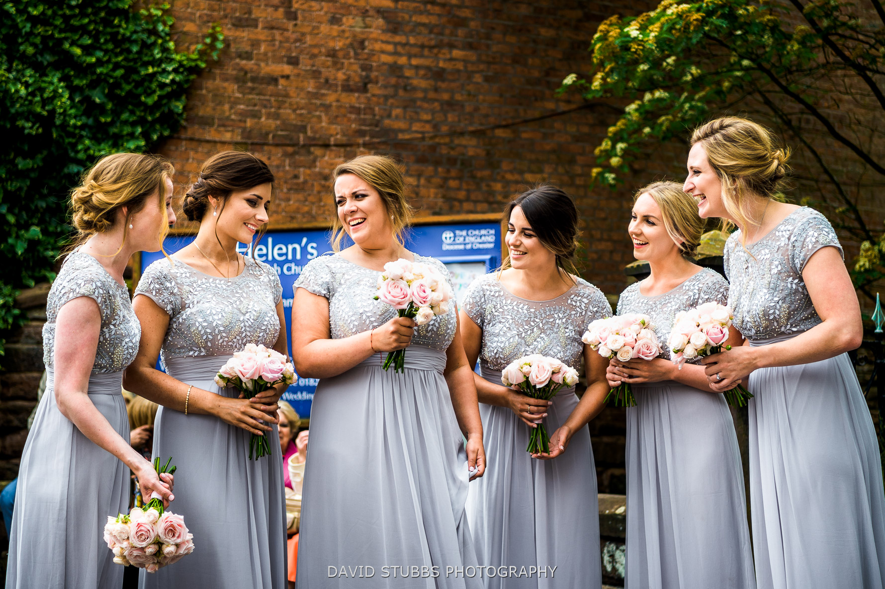 bridemaids together before ceremony