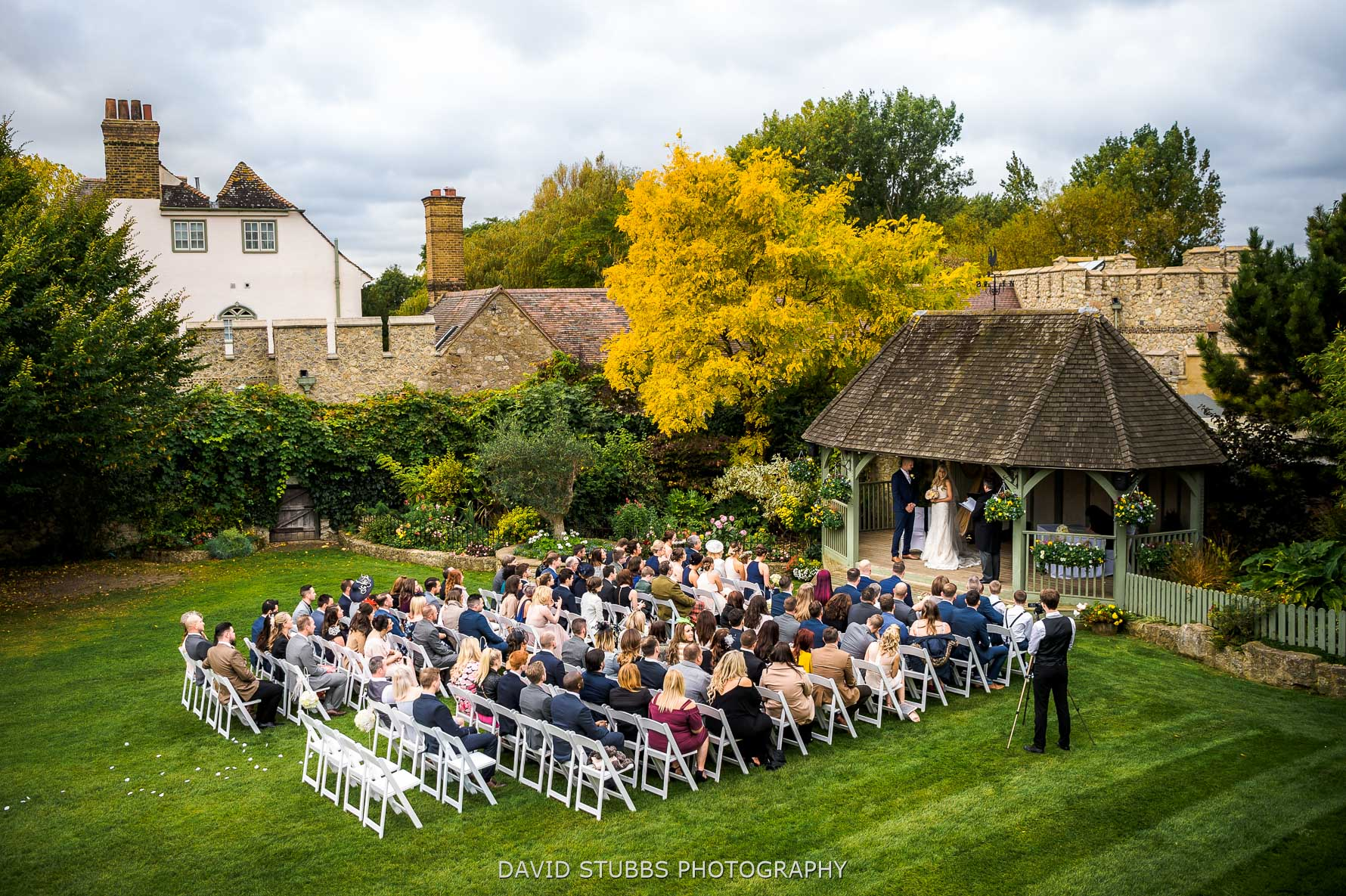 outdoor ceremonies at cooling castle barn