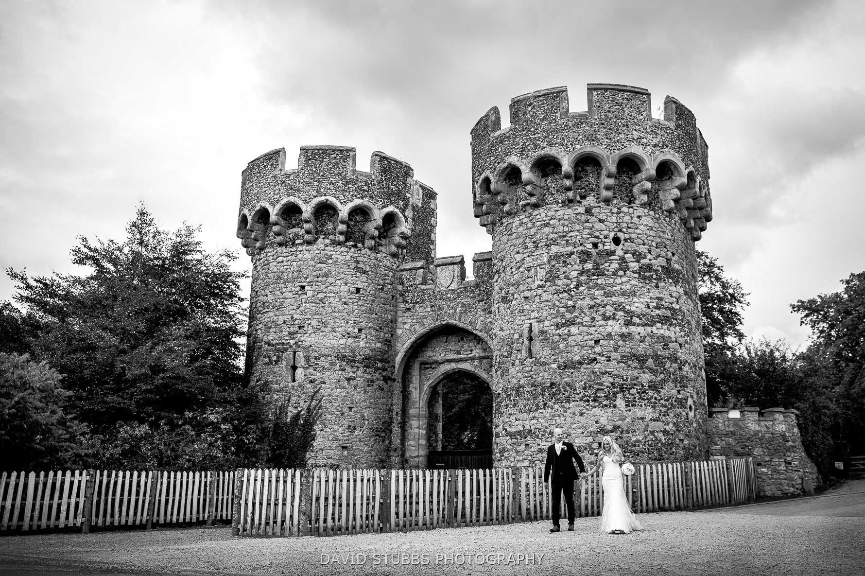 gate house wedding photo