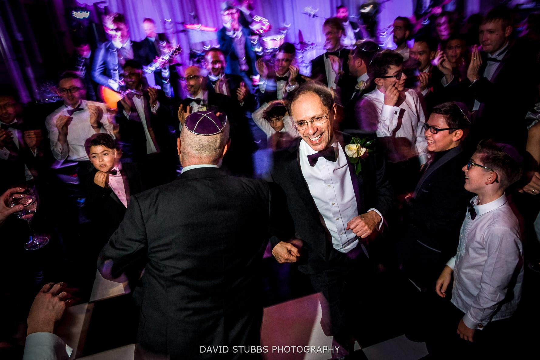 Israeli dancing