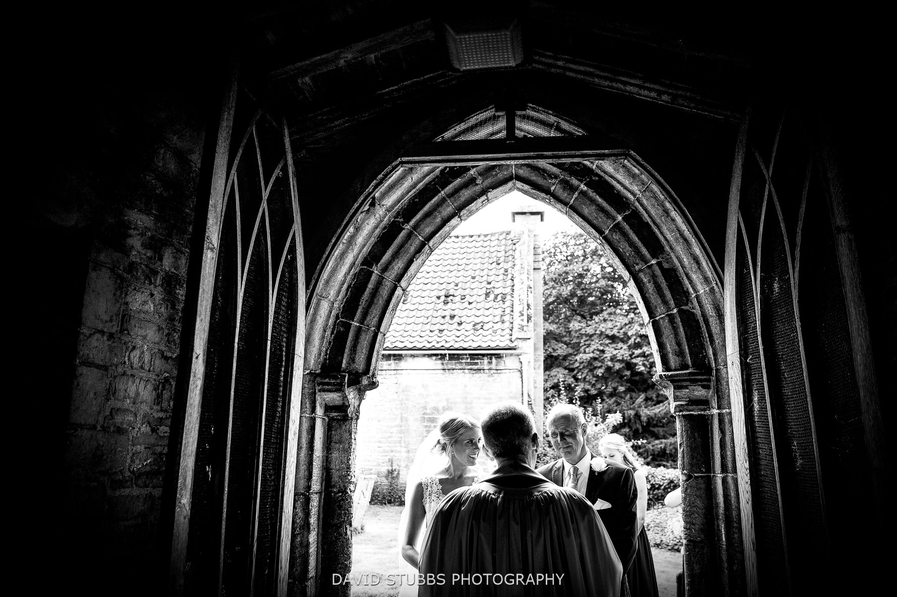 bride and dad meets vicar