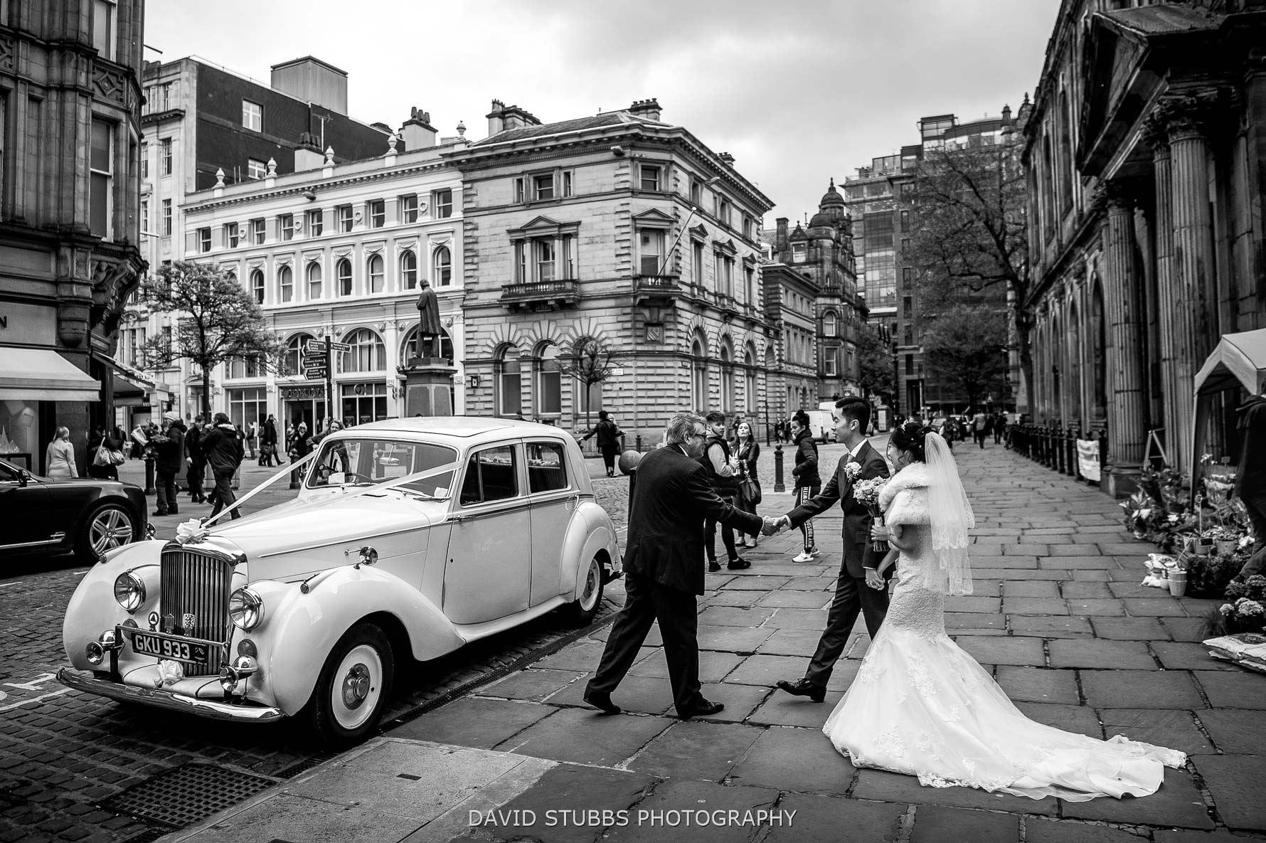 wedding car in manchester