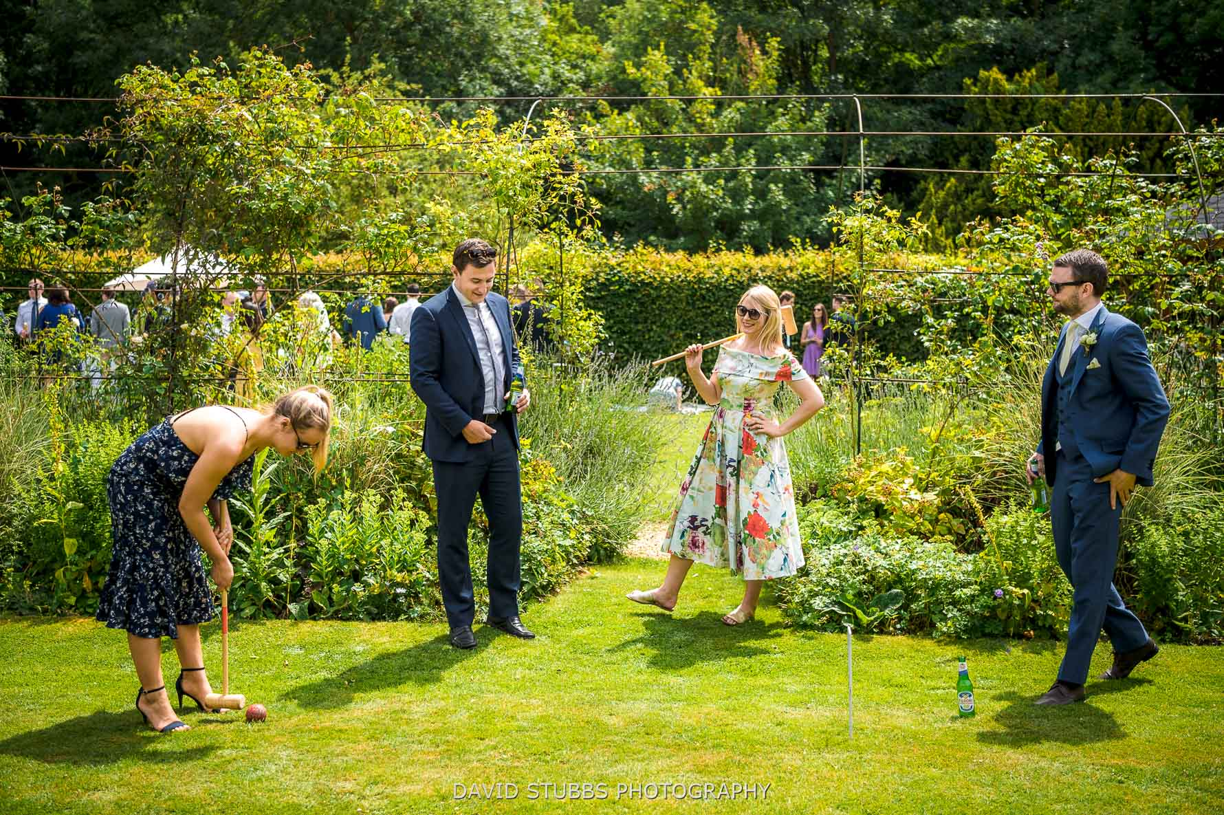 playing lawn games at normanton wedding