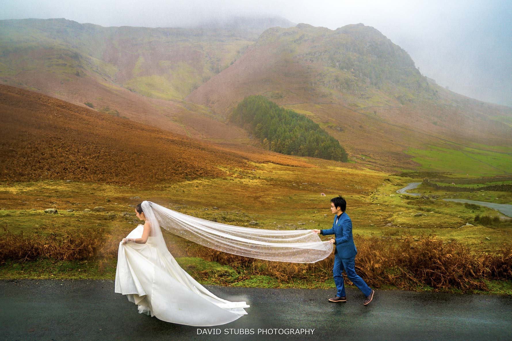 veil showing in langdales in lakes