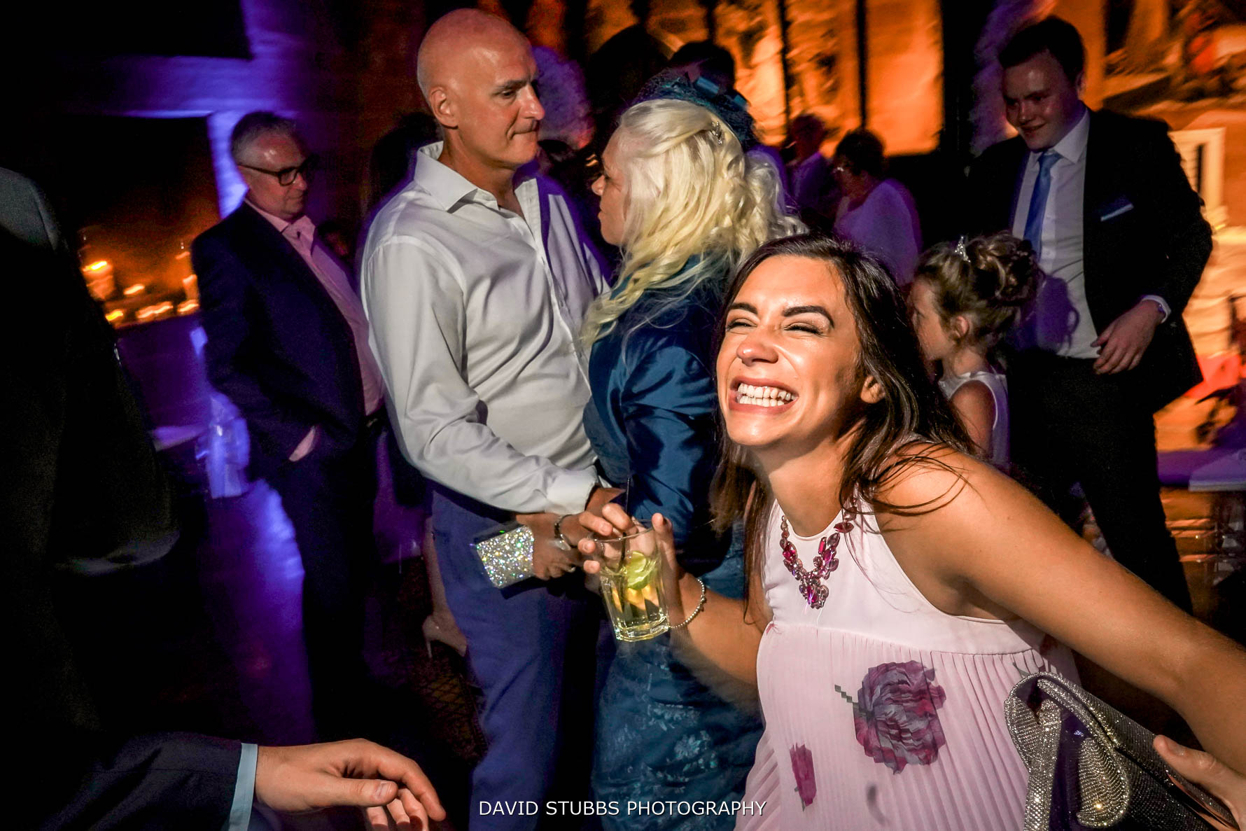 wedding photography dance floor action