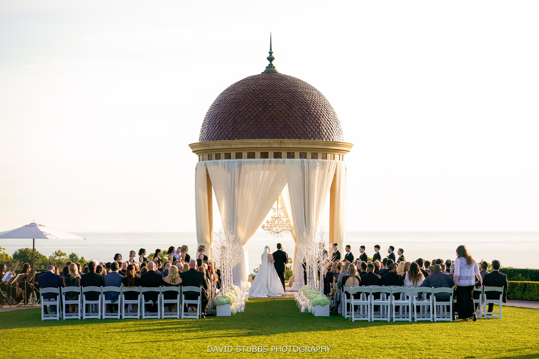 wedding ceremony at pelican hill