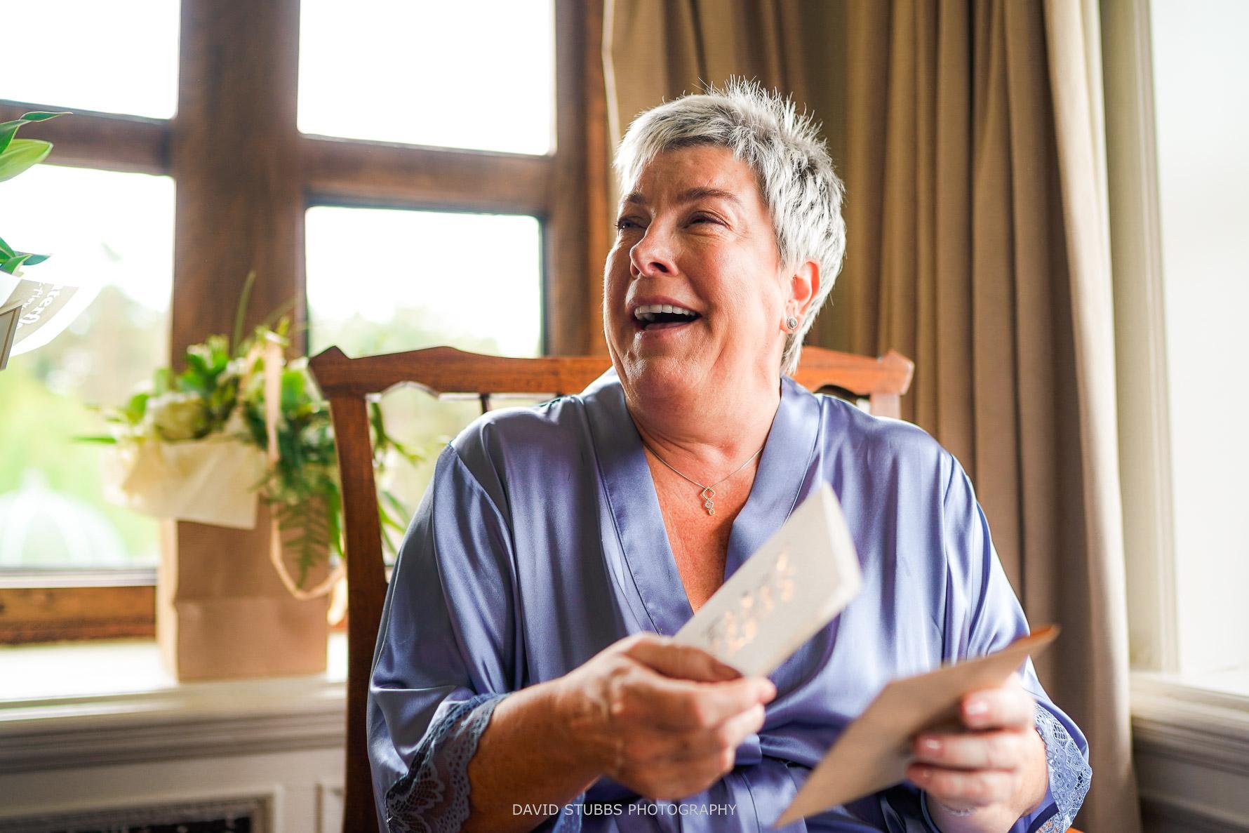 bride opens emotional letter