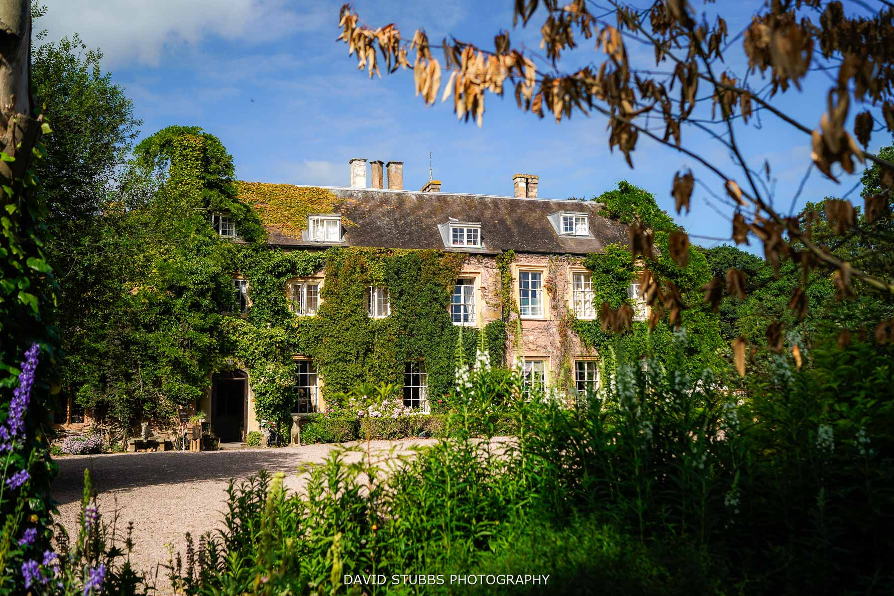 maunsel house in the summer