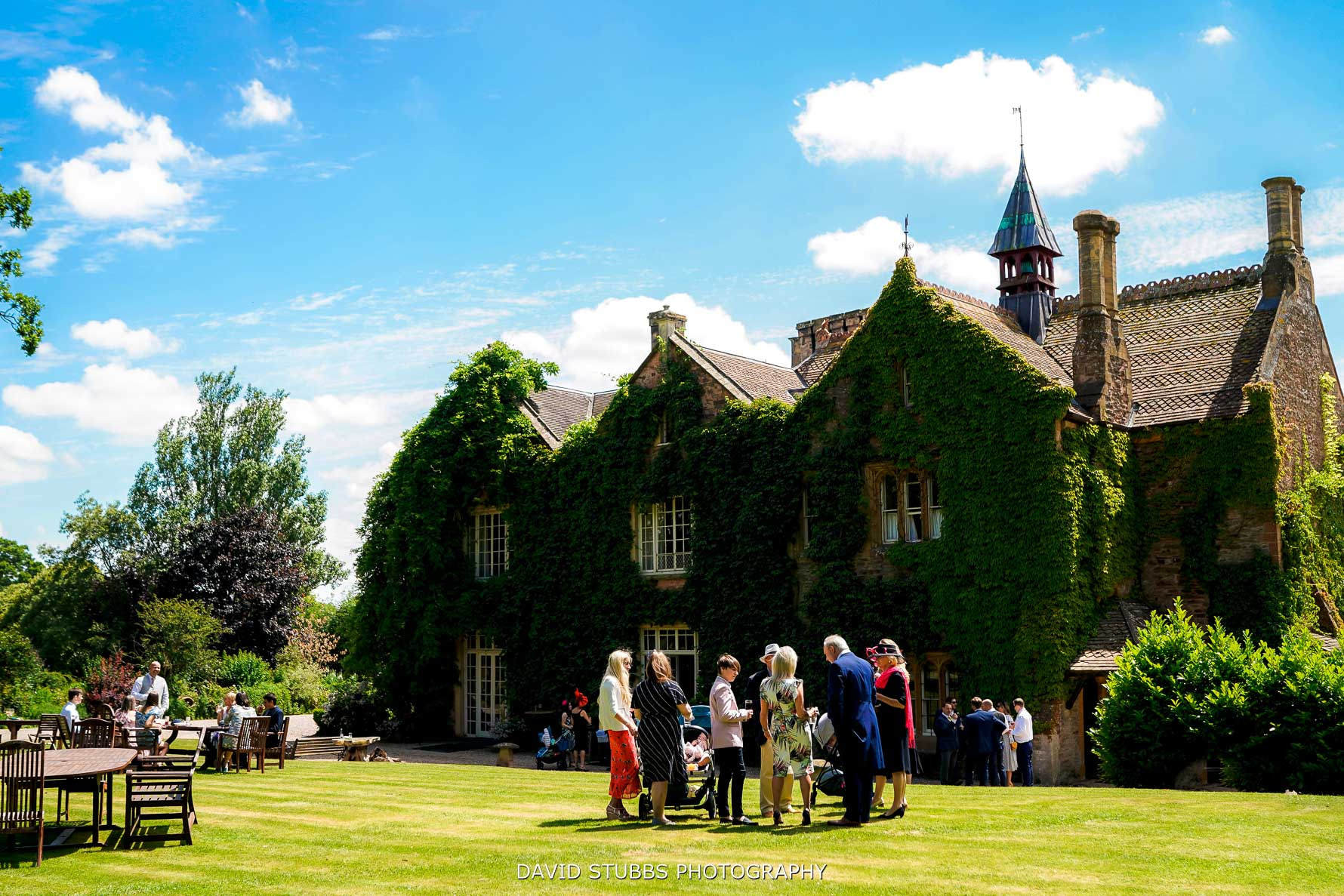 outside drinks reception at maunsel house