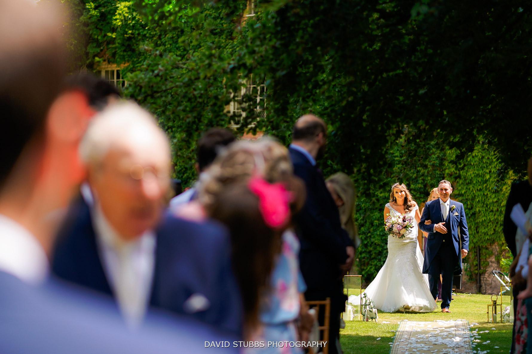 wedding isle walk