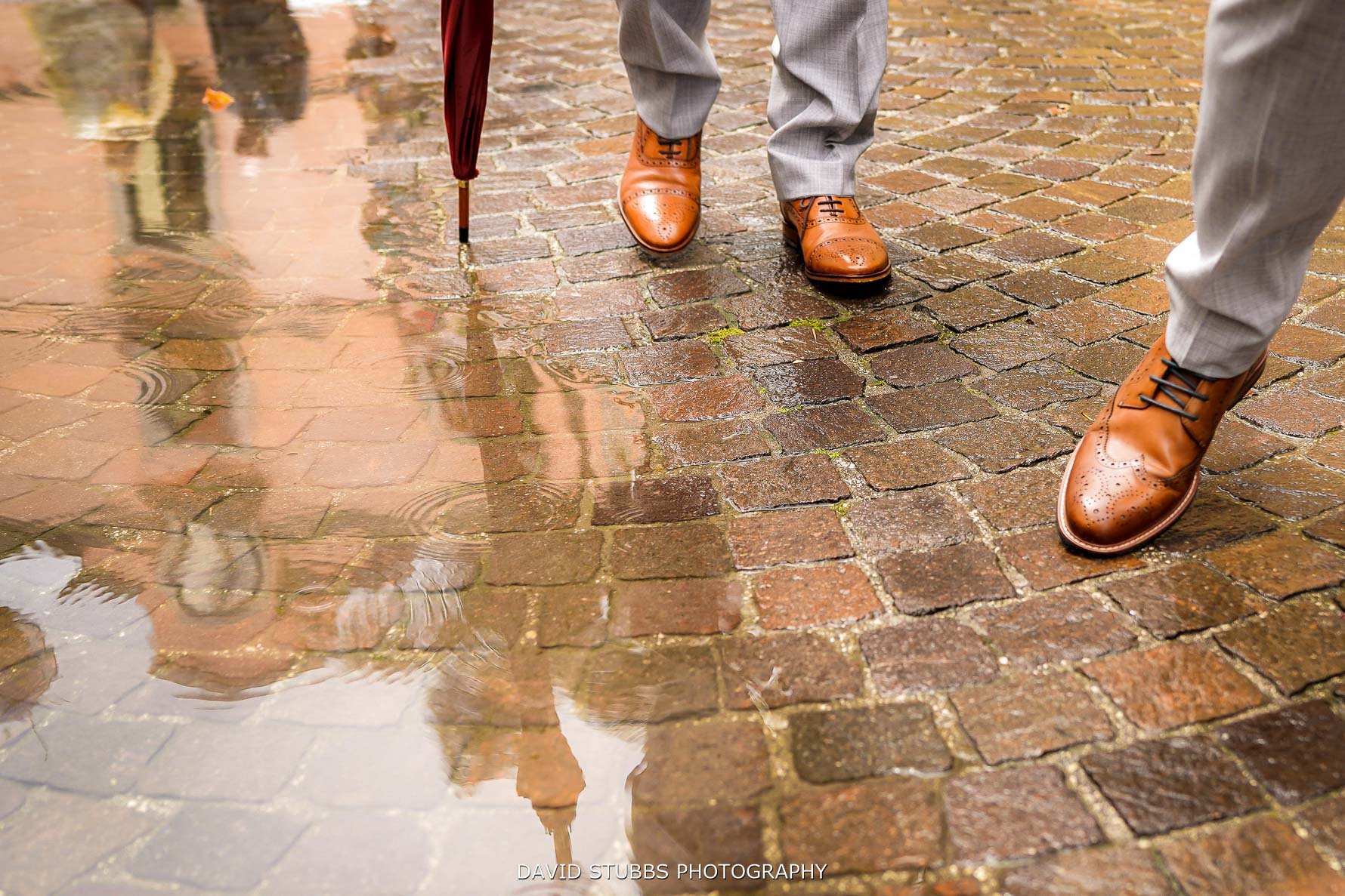puddles rain sorrento wedding