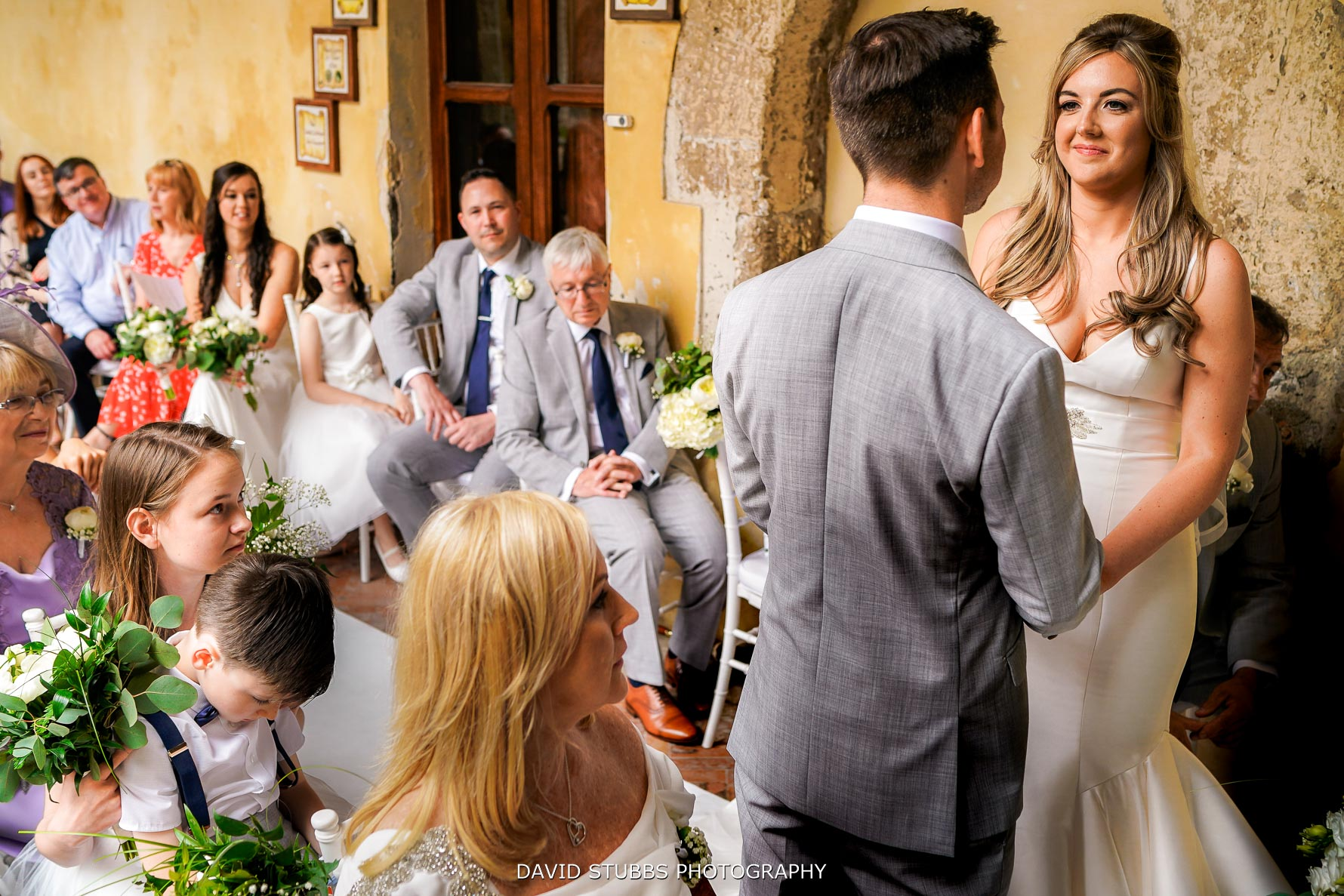 natural wedding photography in sorrento