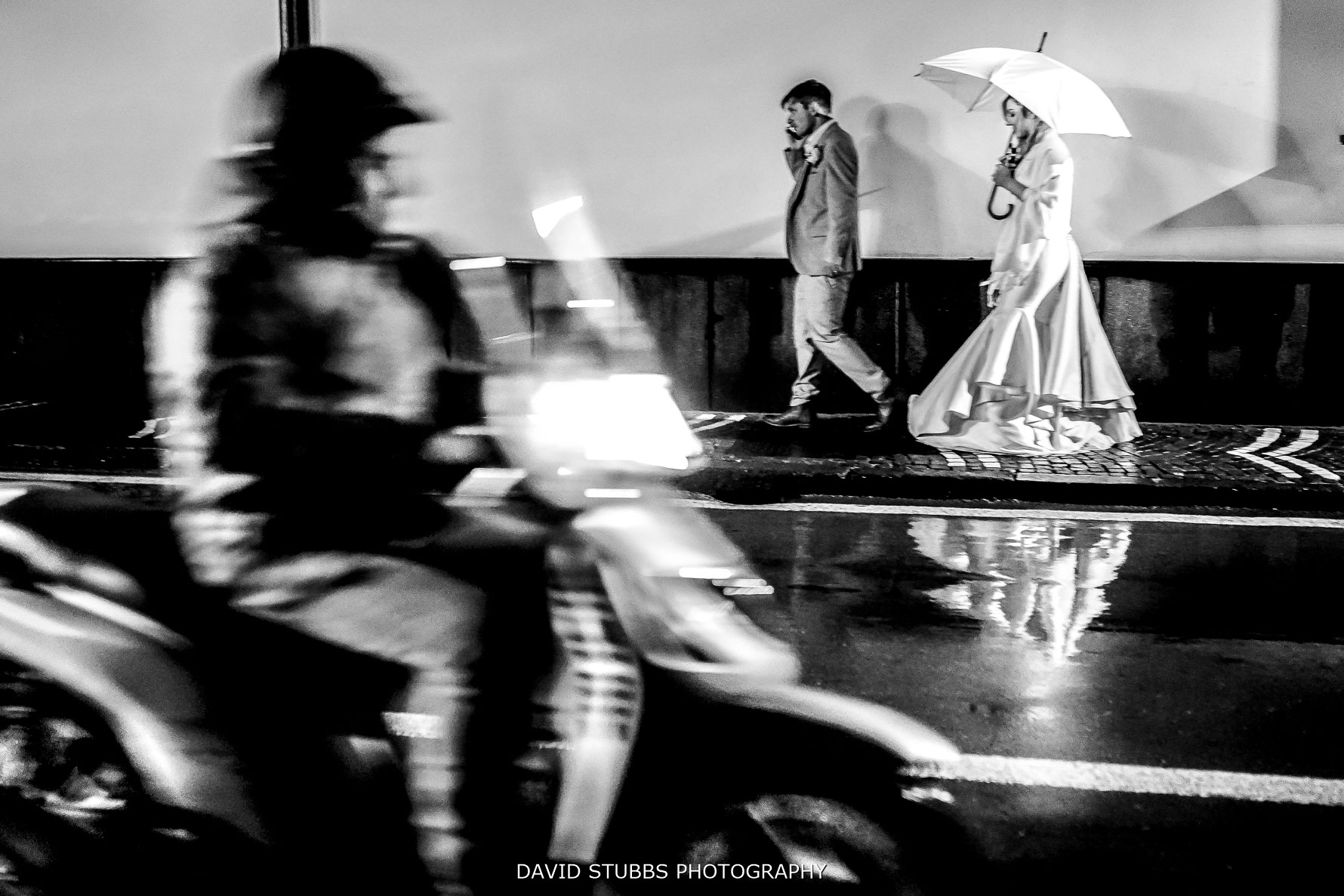 amalfi coast wedding photo with moped